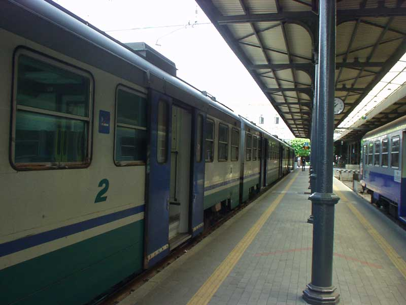 treno[1]